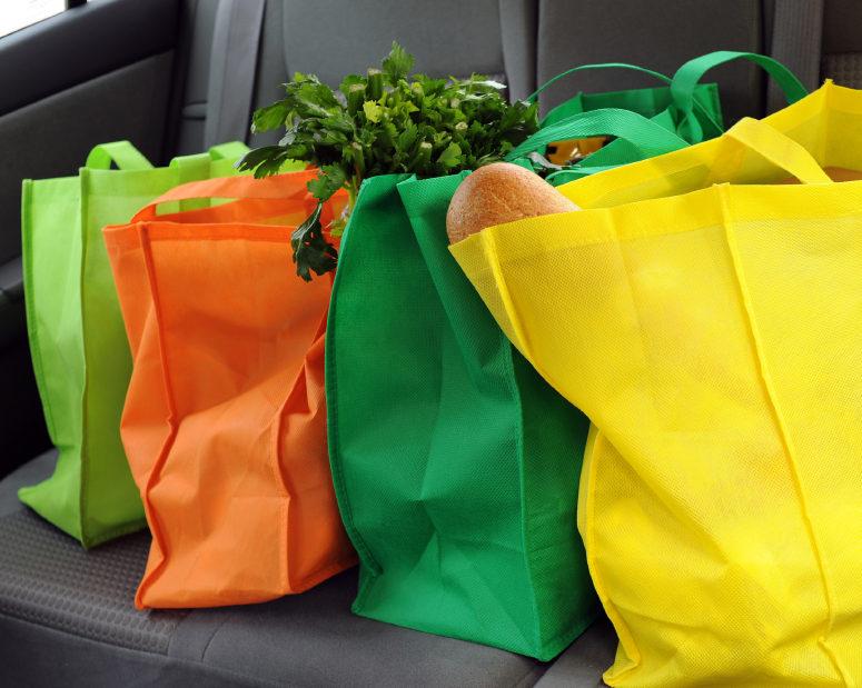 1ed7a8aa4c38e Online araştırma şirketi DORinsight'ın yaptığı 'Poşet Kullanımı  Araştırması'nın sonuçlarına göre, tüketiciler ücretli poşet uygulamasından  sonra bez çanta, ...
